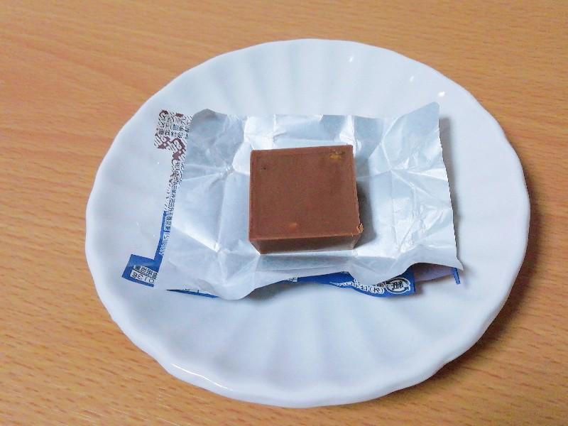 チロルチョコ「トップスのチョコレートケーキ」の味